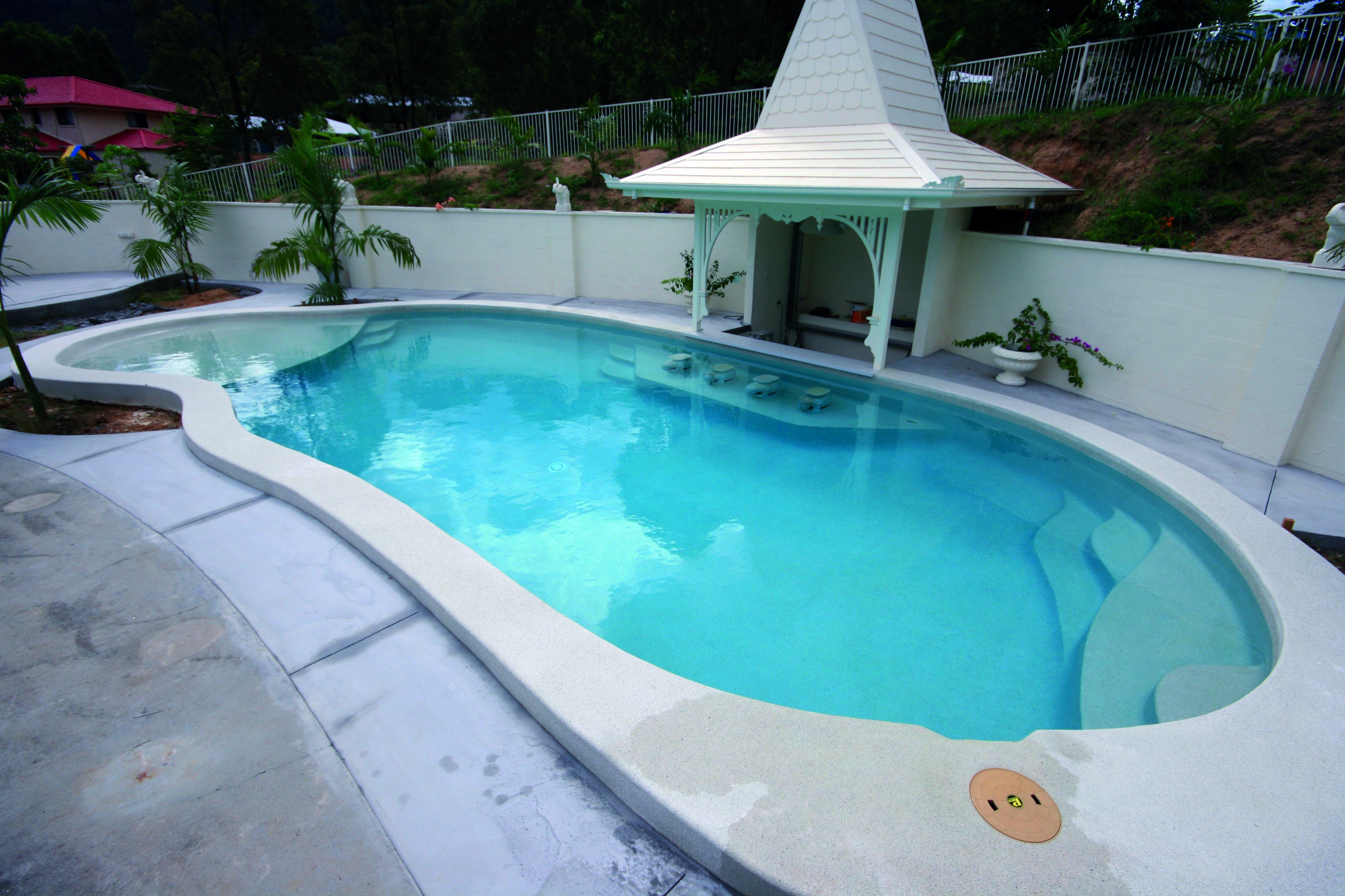Piha Sands Pebble Pool